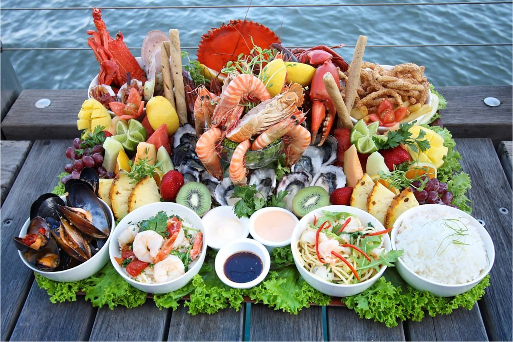 Dundee's Restaurant Ultimate Seafood Platter